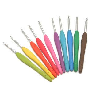Крючки с силиконовой ручкой разноцветные